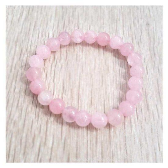 Pulseira em pedra quartzo rosa, para harmonizar, atrair amor e felicidade.